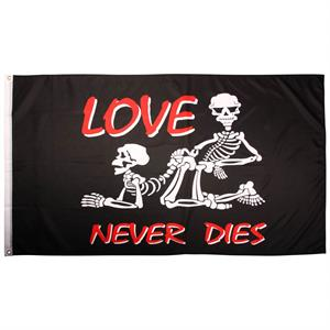 Piratflag 90 x 150, Love never dies